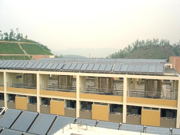 富士康平板太阳能热水系统