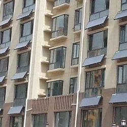 天纵城北区阳台壁挂太阳能工程