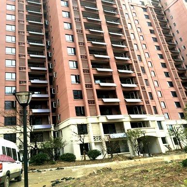 汉北大全景162台壁挂太阳能